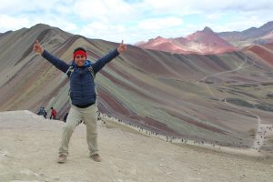 Jorge bij Rainbow Mountain